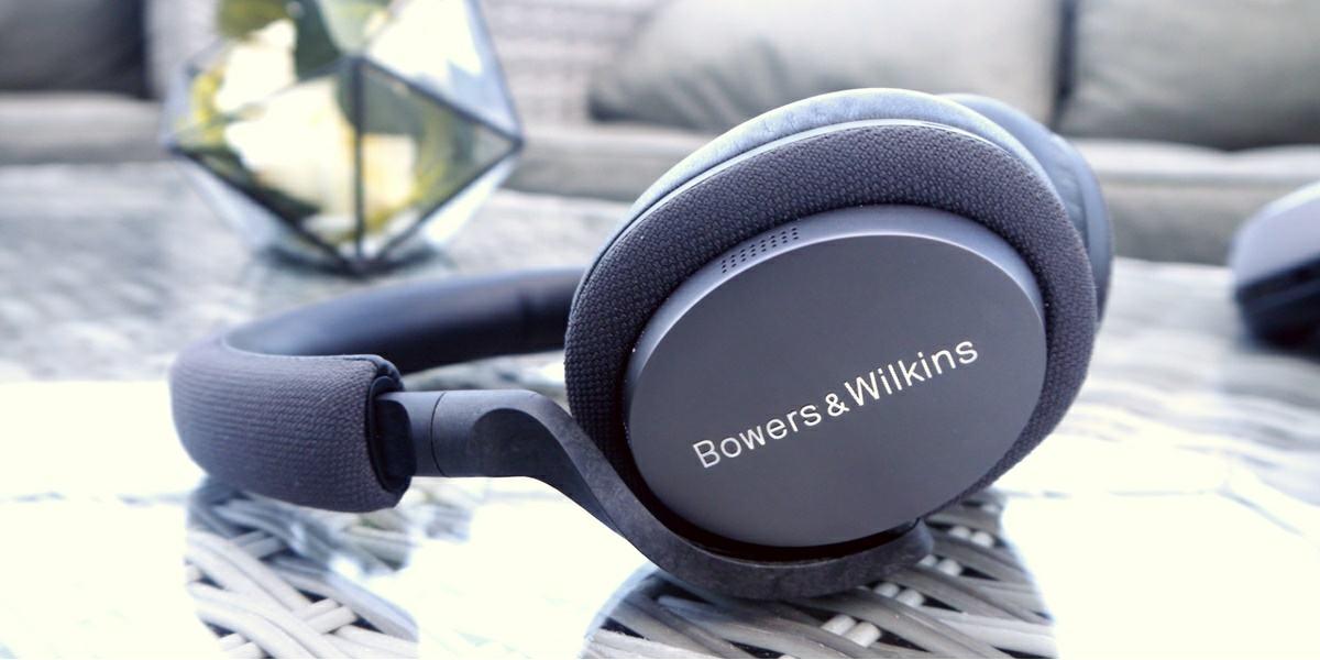 bowler wilkins px7