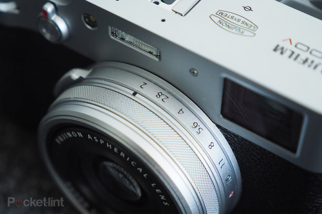 Fujifilm X100V: Vô địch ống kính cố định 4xem lại