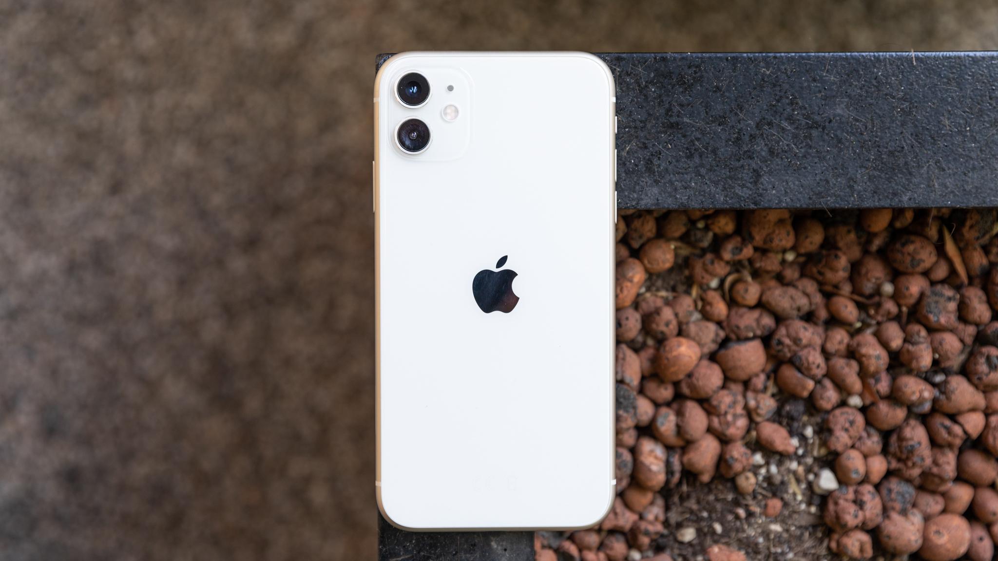 Các giao dịch điện thoại Thứ Sáu Đen tốt nhất: Tiết kiệm lớn smartphones từ Apple, Samsung, Google và nhiều hơn nữa 3