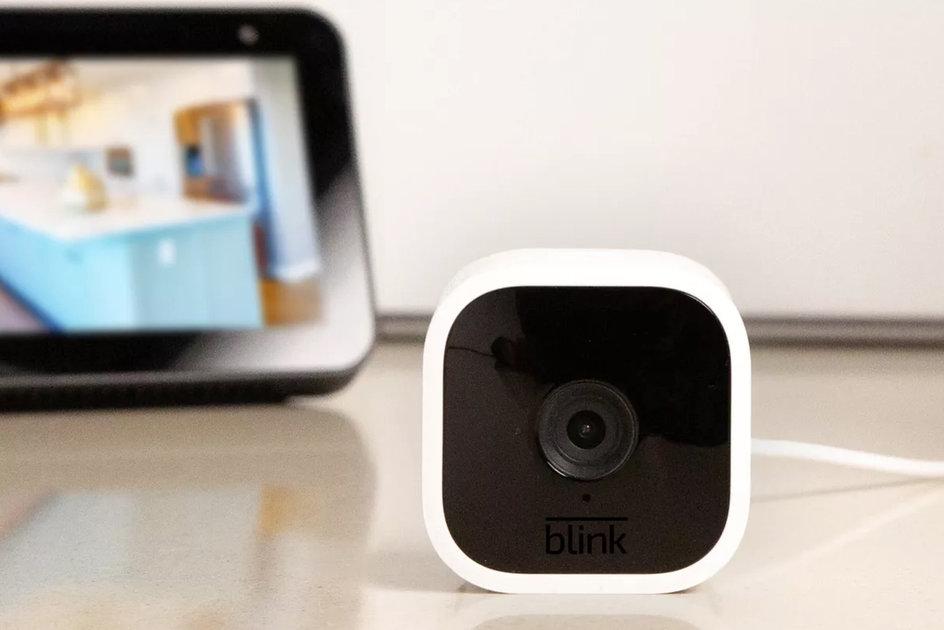 Amazon Blink Mini là một máy ảnh tích hợp nhỏ gọn với âm thanh hai chiều 3