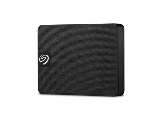 Mac Seagate 1 TB  SSDjpg bên ngoài