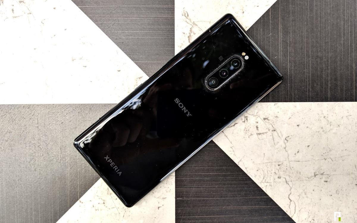 một loại điện thoại thông minh của hãng Sony 1
