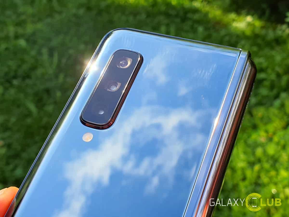 """Có thể cập nhật Samsung Galaxy Fold        """"nửa sau"""" là một giao diện người dùng 2.1 mang đến: tính năng camera mới 1"""
