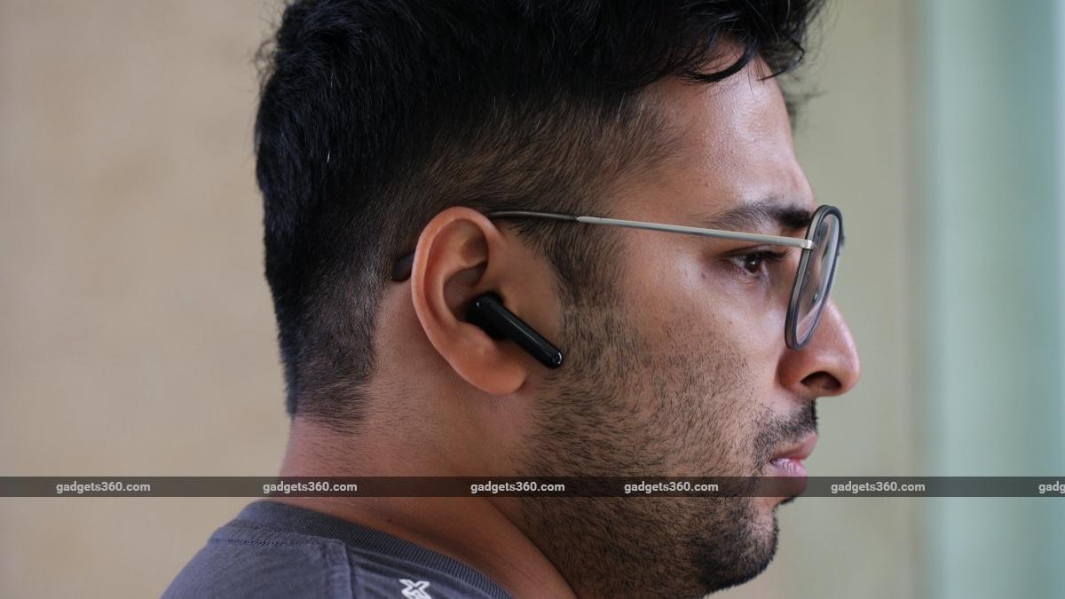 Kajian Oppo Enco Free True Earphone tanpa wayar