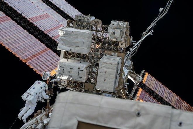Trạm không gian quốc tế 415 hình ảnh tuyệt vời từ