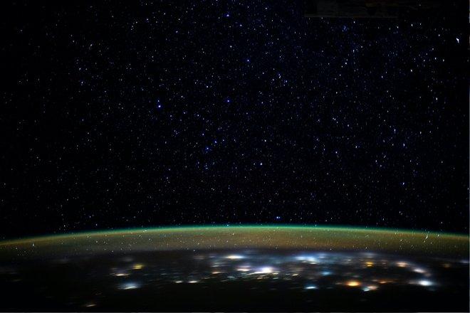 15 bức ảnh tuyệt vời từ Trạm vũ trụ quốc tế 14