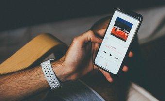 Sửa các bài hát đã tải xuống không hiển thị nhạc táo