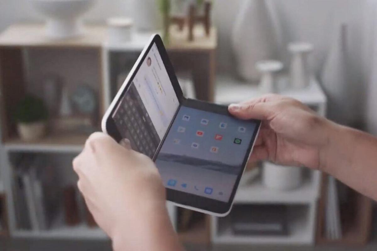 Microsoft Surface Duo Tính năng rò rỉ đáng ngờ; Có thể có một camera 11MP 2