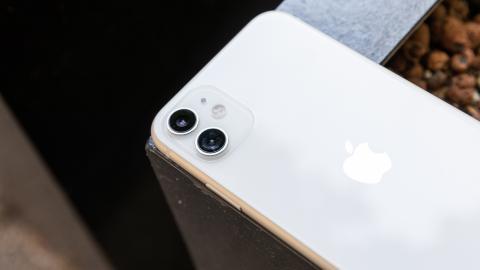 Các giao dịch điện thoại Thứ Sáu Đen tốt nhất: Tiết kiệm lớn smartphones từ Apple, Samsung, Google và những người khác 1