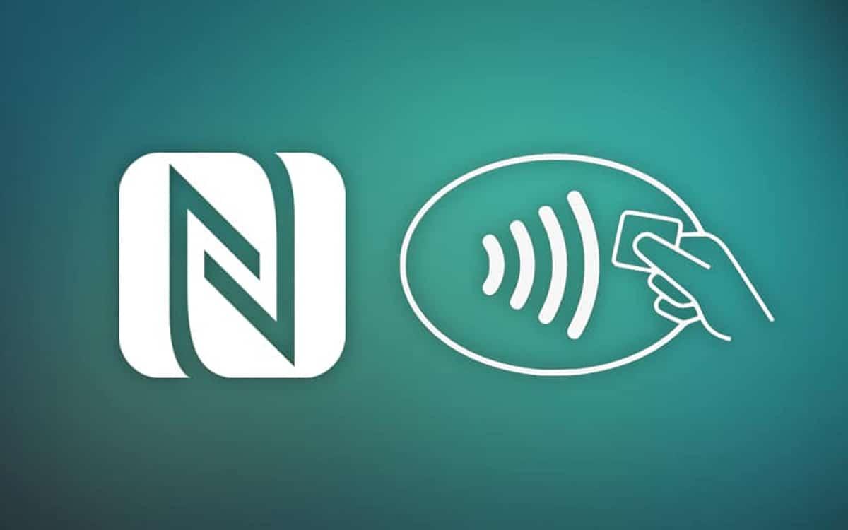 NFC: n ansiosta voit ladata älypuhelimen tai katsella langattomasti