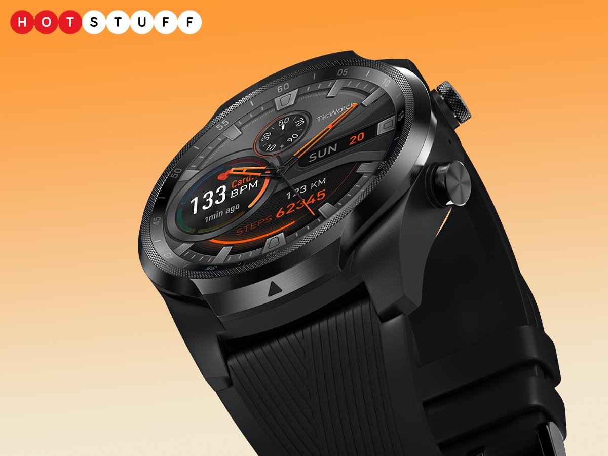 TicWatch Pro 4G sizə verir 1 smartfonun sərbəstliyini təmin edən bir mobil smartwatch
