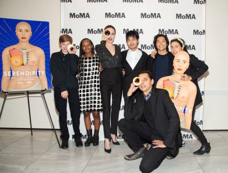 Angelina Jolie a jej deti išli na umeleckú výstavu 2