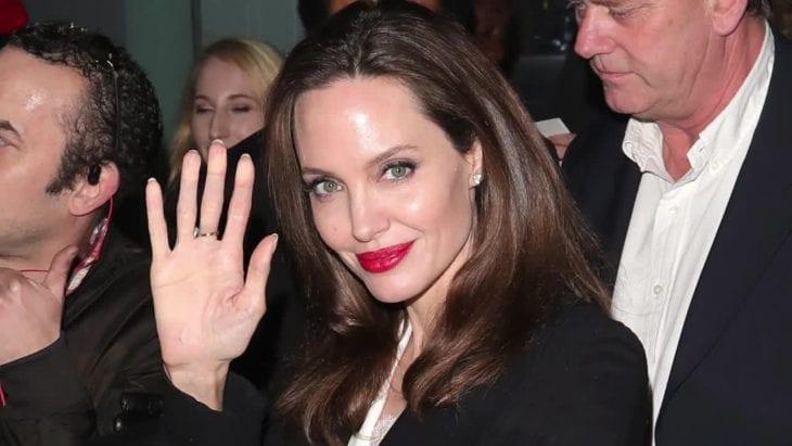 Angelina Jolie a jej deti išli na umeleckú výstavu 3