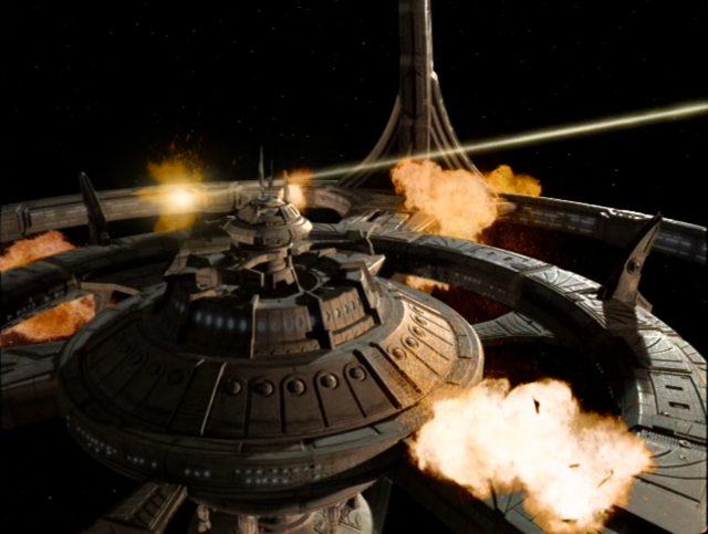 Upscaling Star Trek: Deep Space Deväť pomocou AI Topaz Video Enhance 11