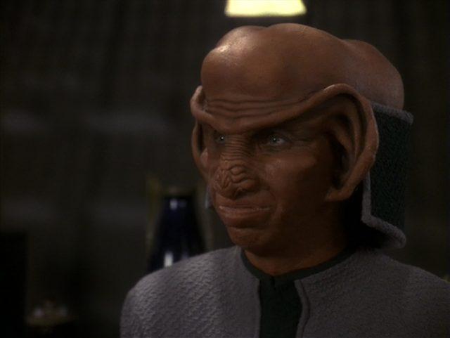 Upscaling Star Trek: Deep Space Deväť pomocou AI Topaz Video Enhance 20