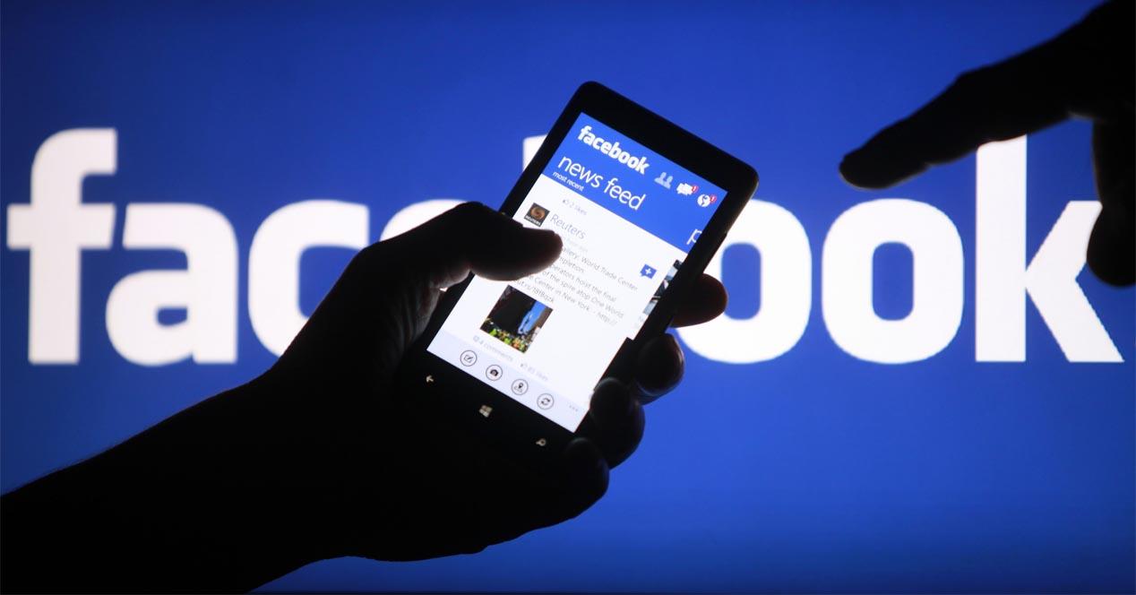 Facebook  je aktualizovaný o nový jednoduchší a priamejší dizajn