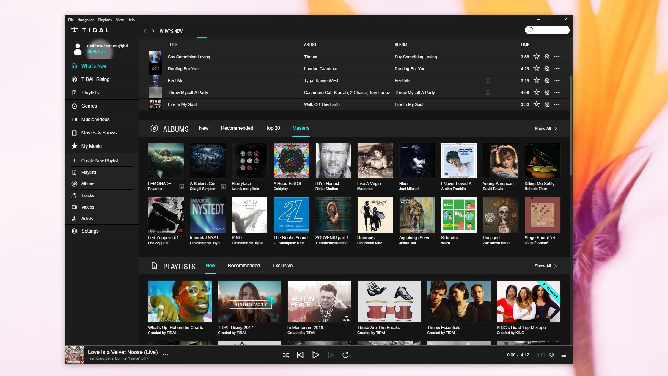 Tidal (vyššie) používa podobné rozhranie založené na dlaždiciach ako Spotify.