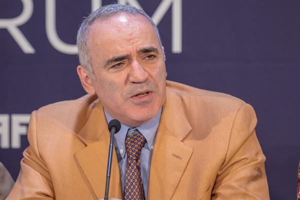 Umelá inteligencia vymaže 96% pracovných miest: hovorí Garry Kasparov 1