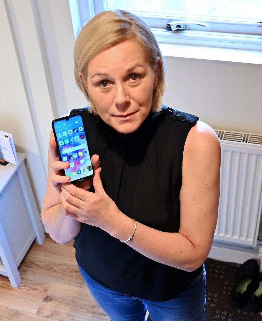 Telefón Huawei zachránil ženský život po páde a zostal v bezvedomí tri dni 2