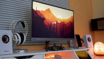 Najlepšie PC monitory so zabudovanými reproduktormi do 300