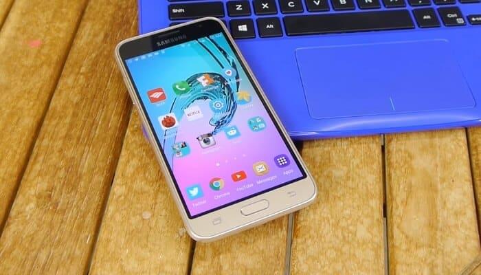 10 Príslušenstvo pre Samsung Galaxy J3 Kopnete sa za nevlastnenie 1