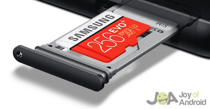 Slot na kartu microSD