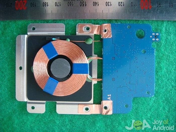inside2 bezdrôtové nabíjanie