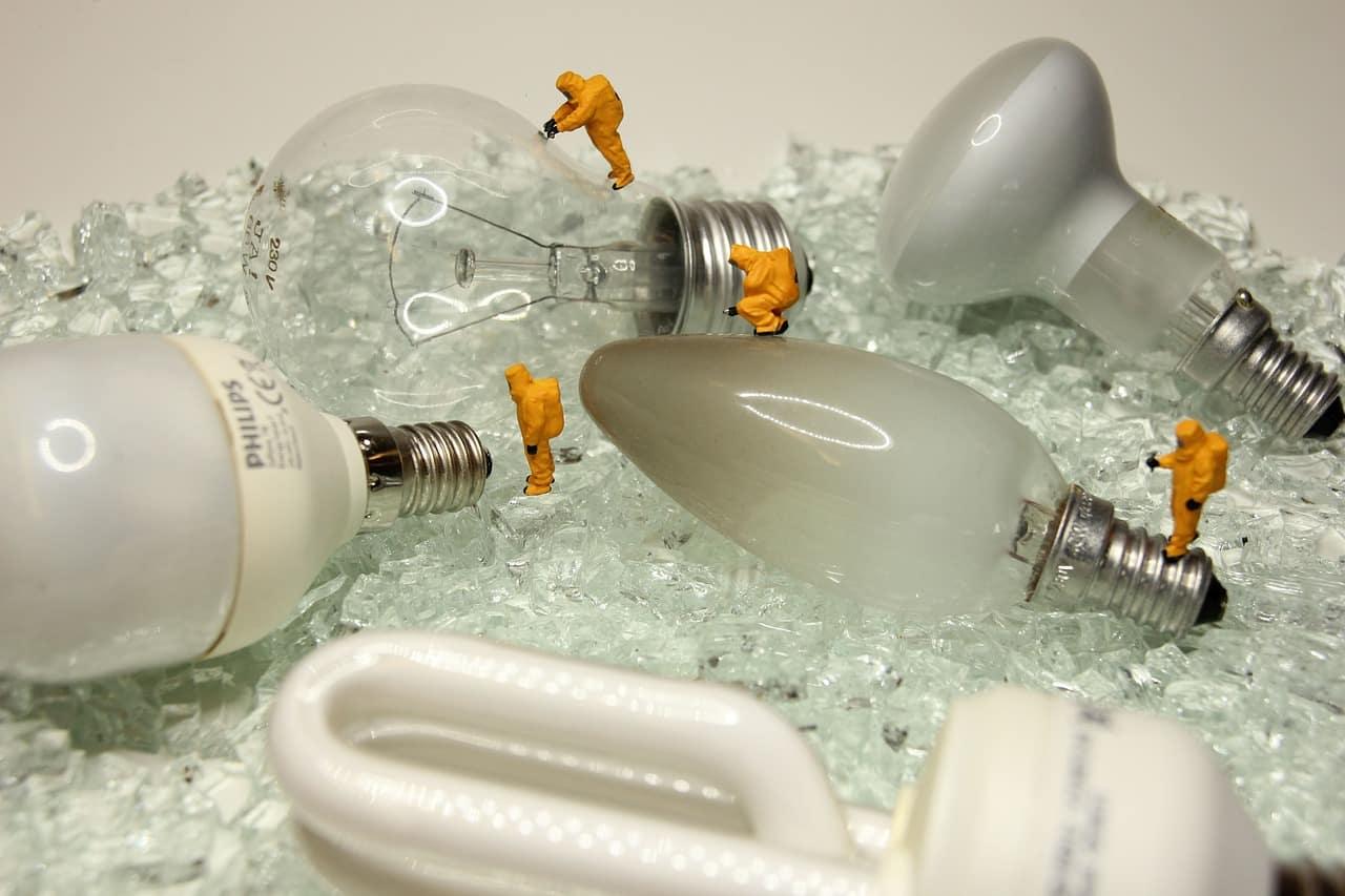 4 Najlepšie inteligentné žiarovky kompatibilné so zariadeniami Android 1